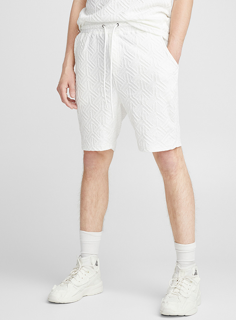 embossed-geometry-bermudas
