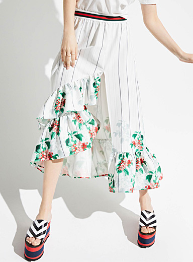 Floral tapestry ruffle skirt
