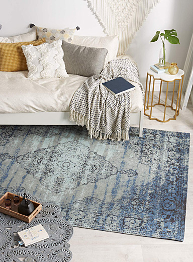 Centre diamond rug