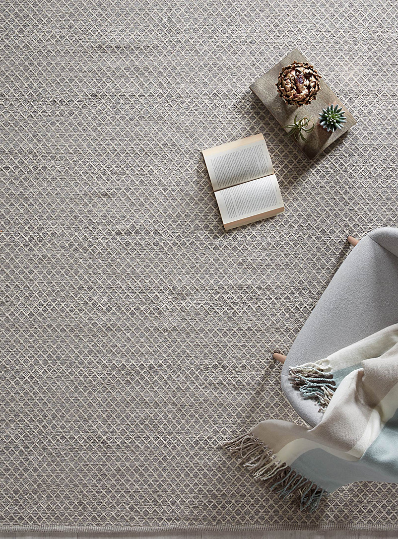 Modern trellis rug - Area Rugs - Patterned Grey