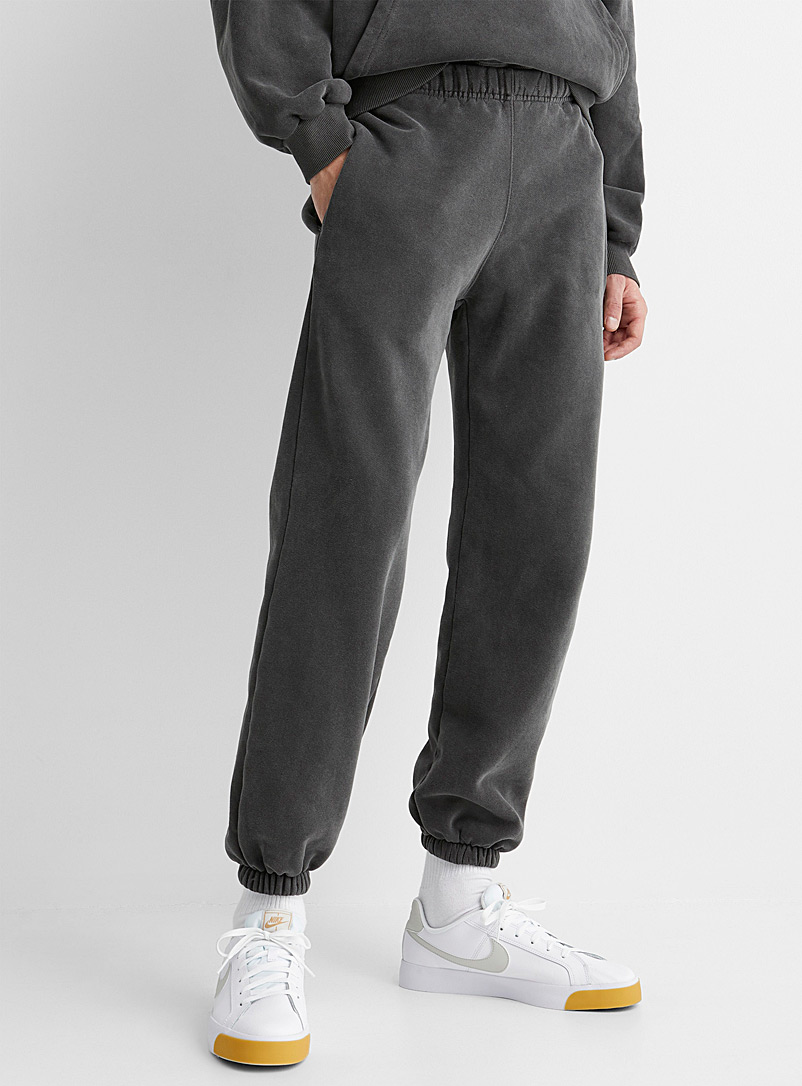 Le 31 Charcoal Faded sweatpant for men