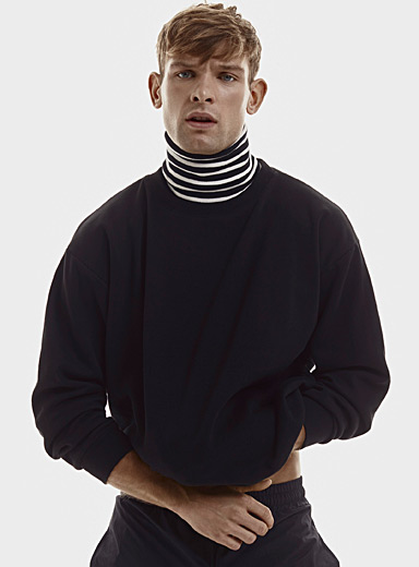 Le 31 Black Turtleneck fooler sweatshirt for men