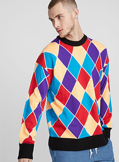 Le pull losanges colorés