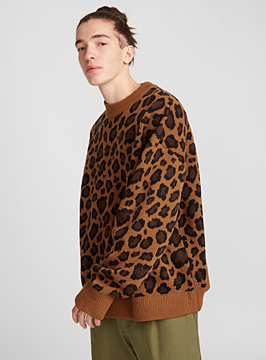 Loose leopard sweater