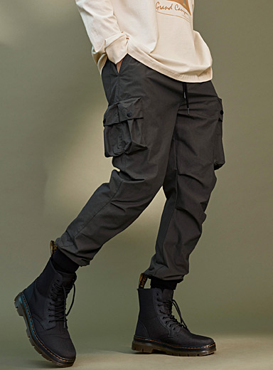 3D-pocket tactical joggers