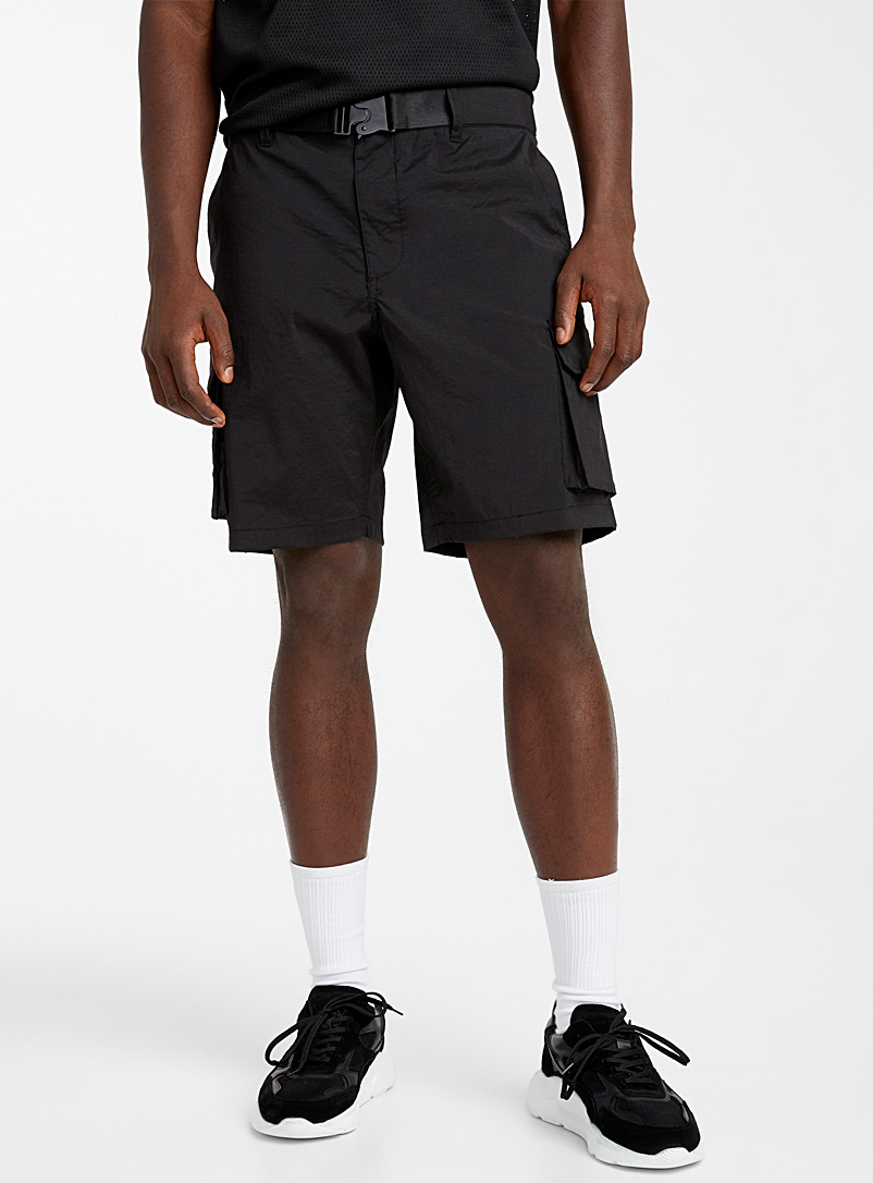 Le 31 Black Nylon cargo shorts for men