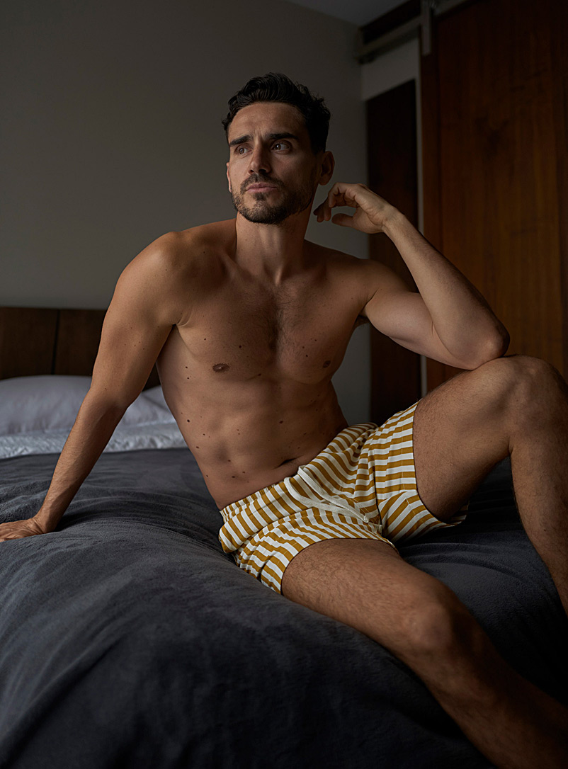 Le 31 Golden Yellow Twin stripe short for men