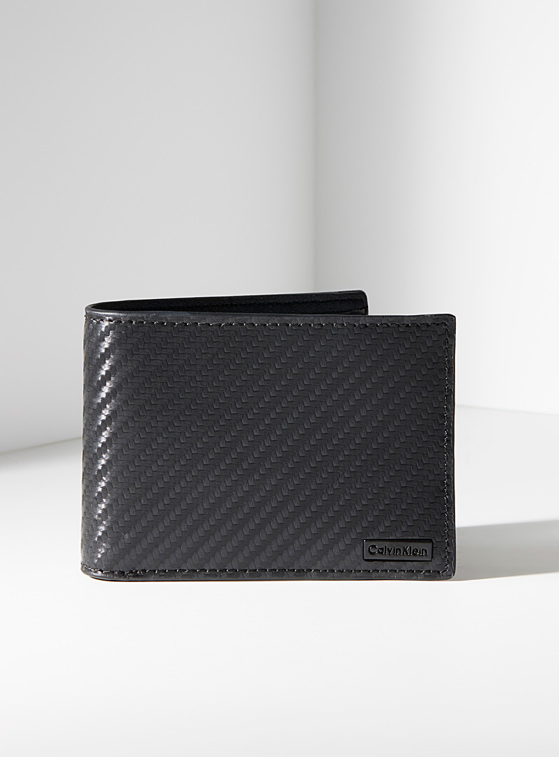 woven-like-leather-wallet