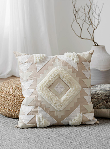 Textured embroidery cushion <br>60 x 60 cm