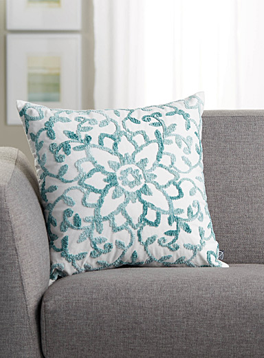 Blue chenille flower cushion <br>45 x 45 cm