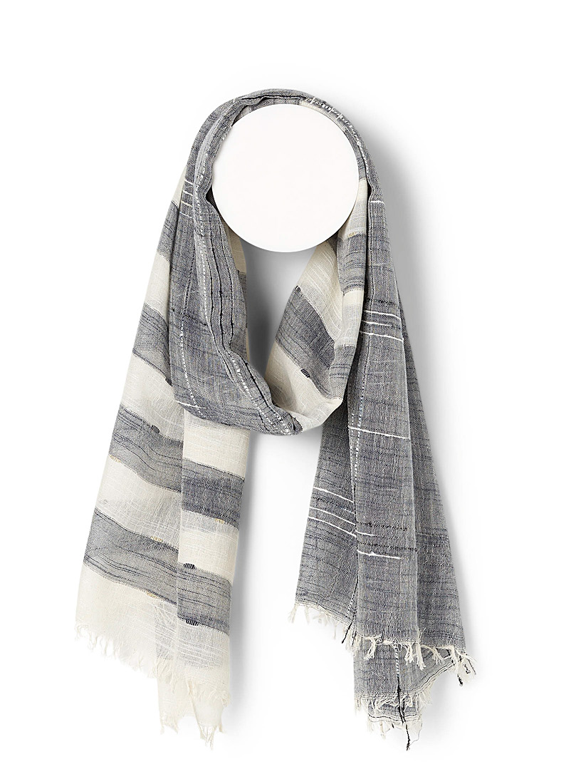 Simons Silver Rustic block scarf for women