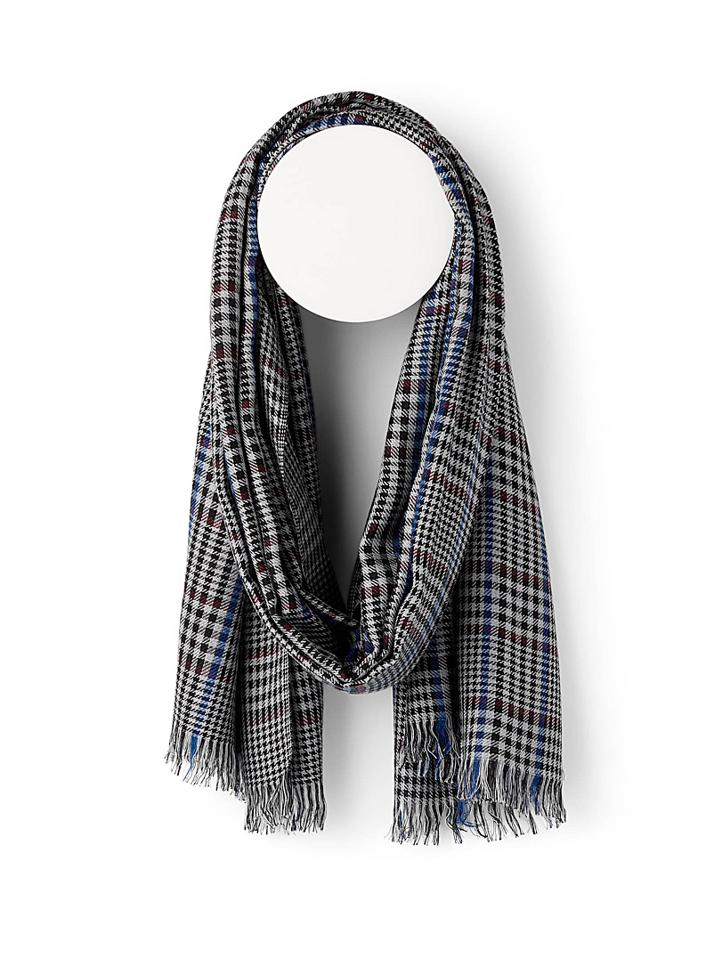 Lightweight Prince of Wales scarf