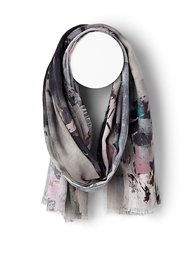 Abstract piece scarf