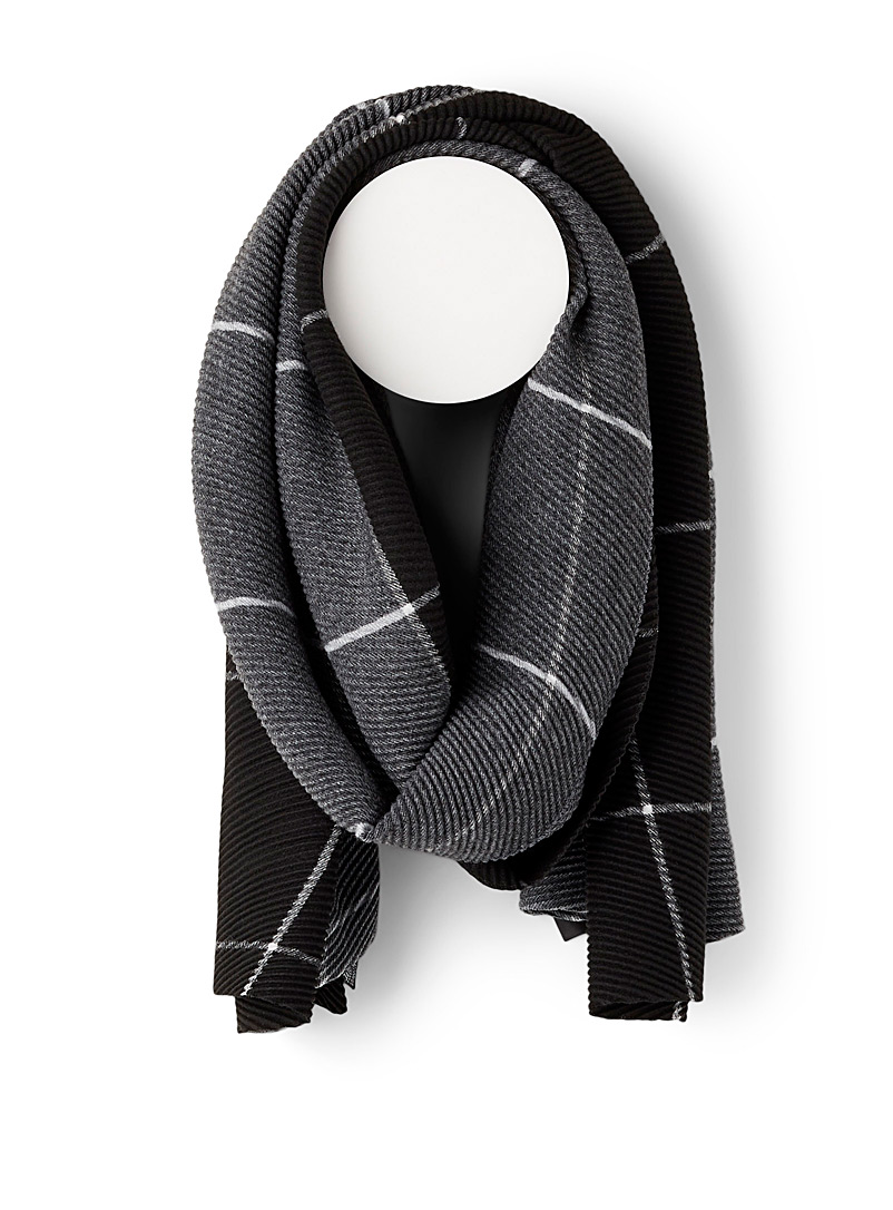 Simons Patterned Black Pleated windowpane check scarf for women