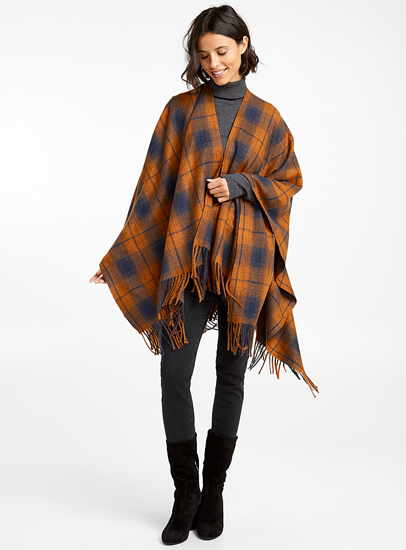 Two-tone checkered shawl - Capes & Ponchos - Patterned Yellow