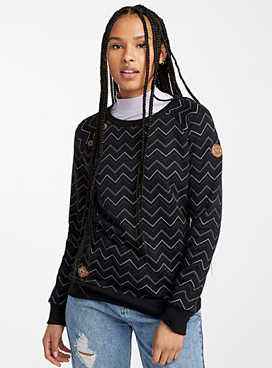 Three-button herringbone sweatshirt