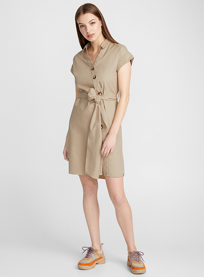 Asymmetric buttoning dress - Fit & Flare - Sand