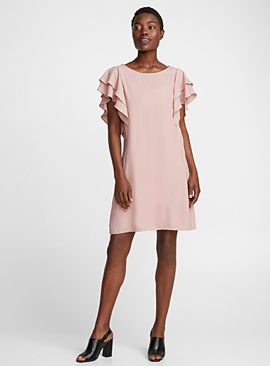 Blush pink ruffle-sleeve dress