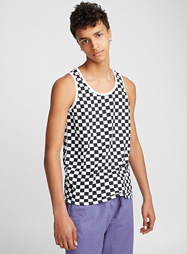 All-over check tank