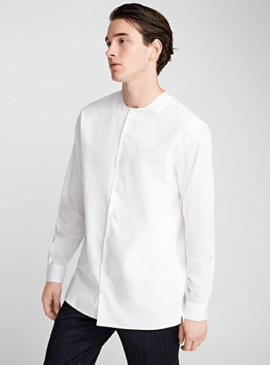 Collarless shirt <br>Semi-tailored fit