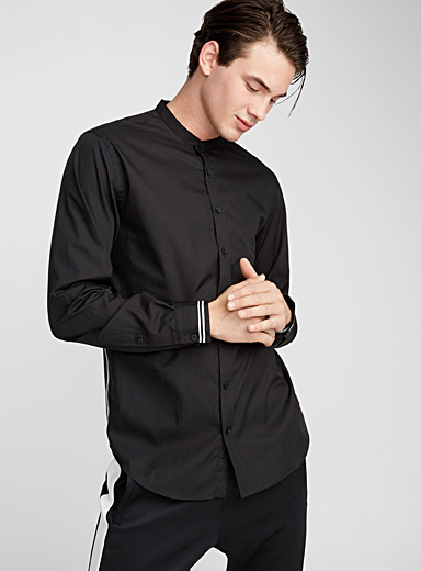 Trimmed cuff officer-collar shirt  Semi-tailored fit