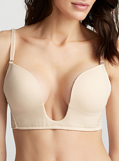 Plunging neckline push-up bra