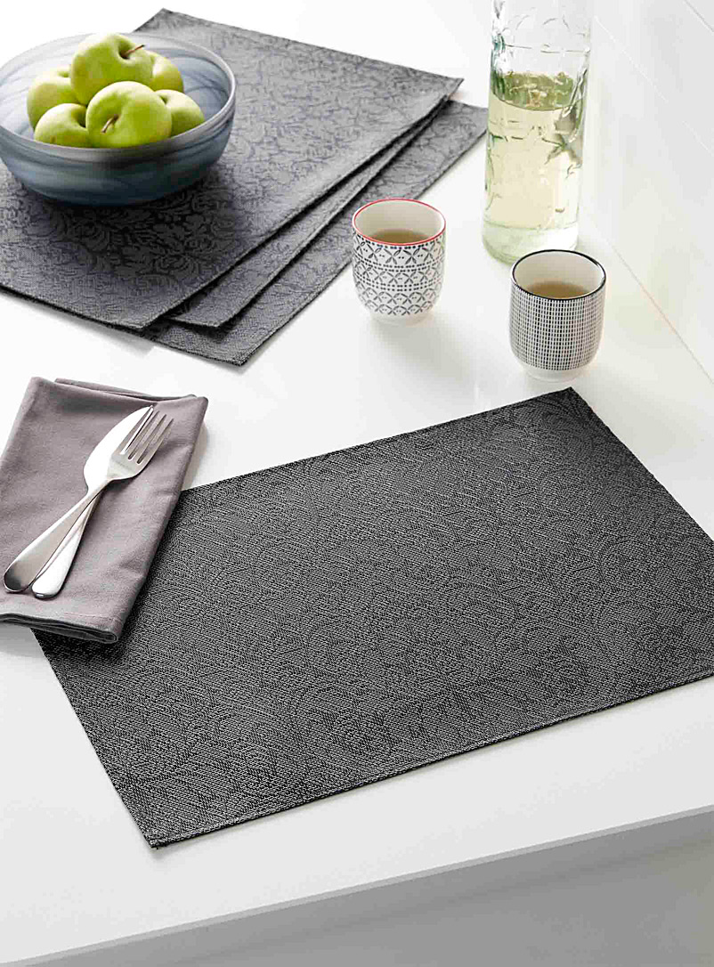 baroque-flower-braided-vinyl-placemats-br-set-of-4