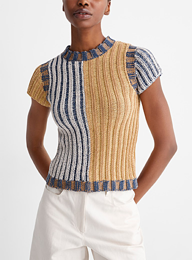 Two-tone knit tee
