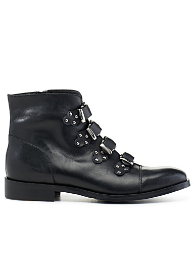 Studded-buckle Western boots