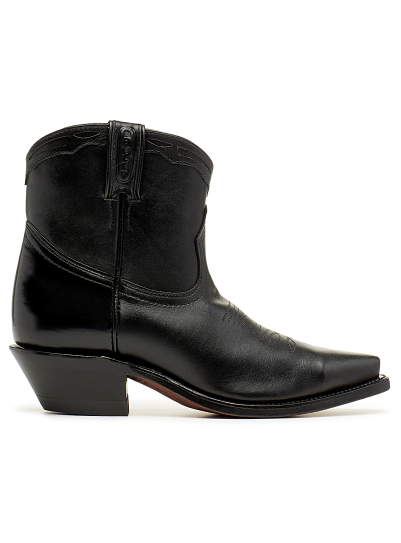 8225 Western boots  Women - Canadian Brands - Black