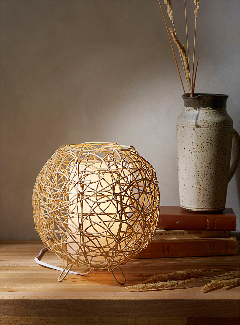 rattan-bubble-table-lamp