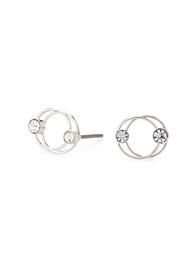 Intertwined circle earrings