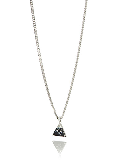 Marbled triangle chain necklace
