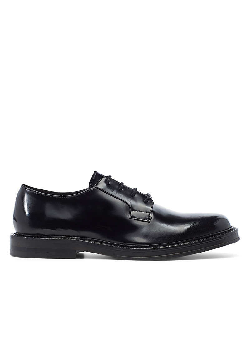 shiny-leather-derby-shoes