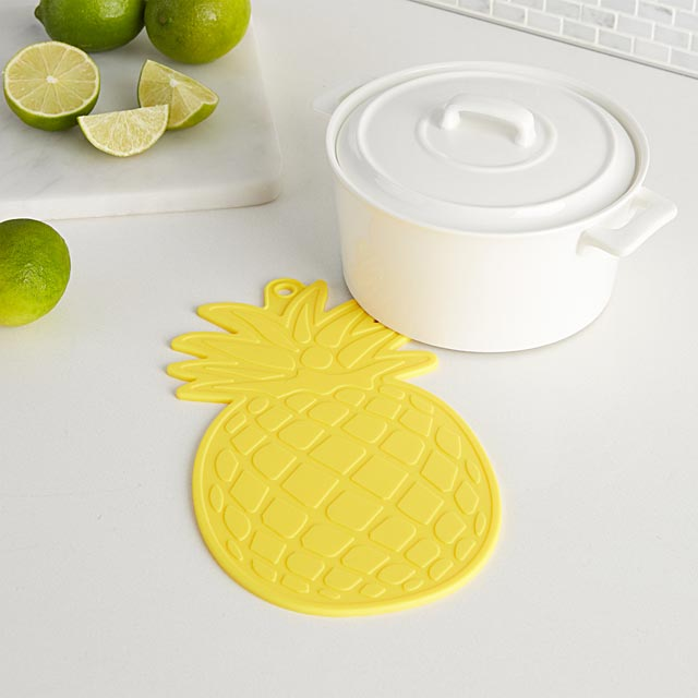 pineapple-silicone-trivet