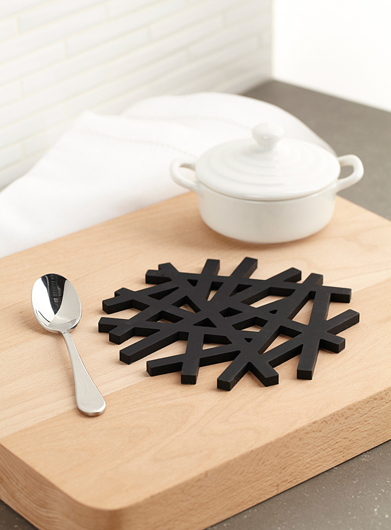 Modern lattice silicone trivet  17.2 x 17.2 cm