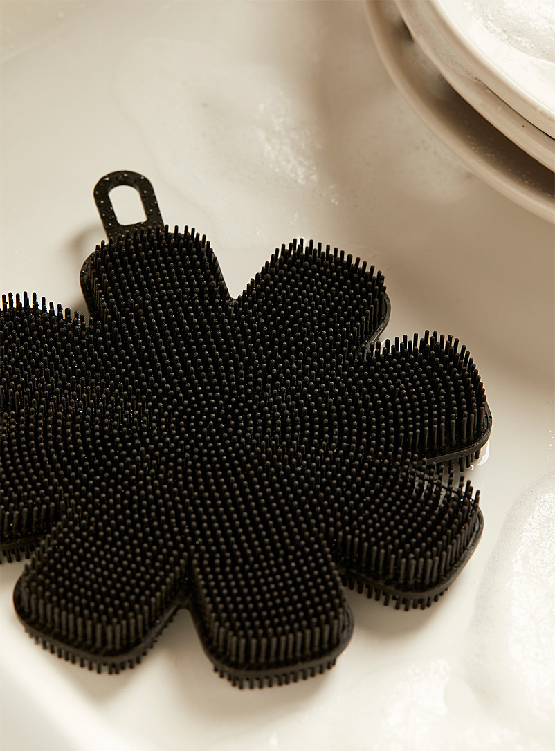 Simons Maison Red Silicone scouring flower