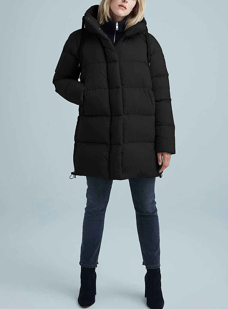 Kanuk Black Kiruna shiny down puffer jacket for women