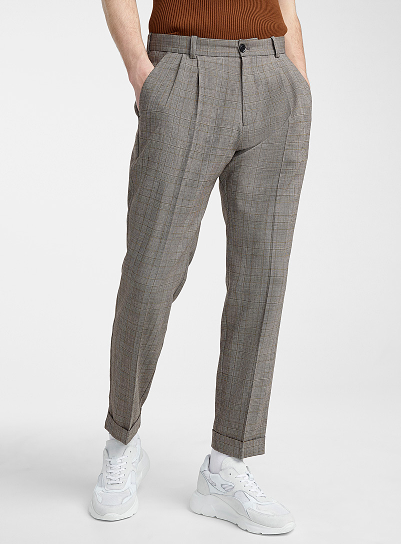 lincoln-pleated-pant-br-straight-fit