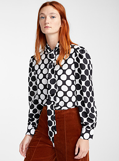 Graphic dot scarf-neck blouse