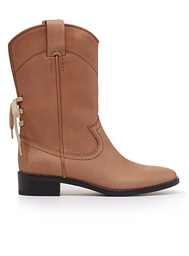 Annika ankle boots