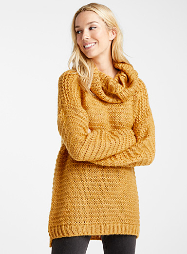 Le pull mohair point mousse col tombant