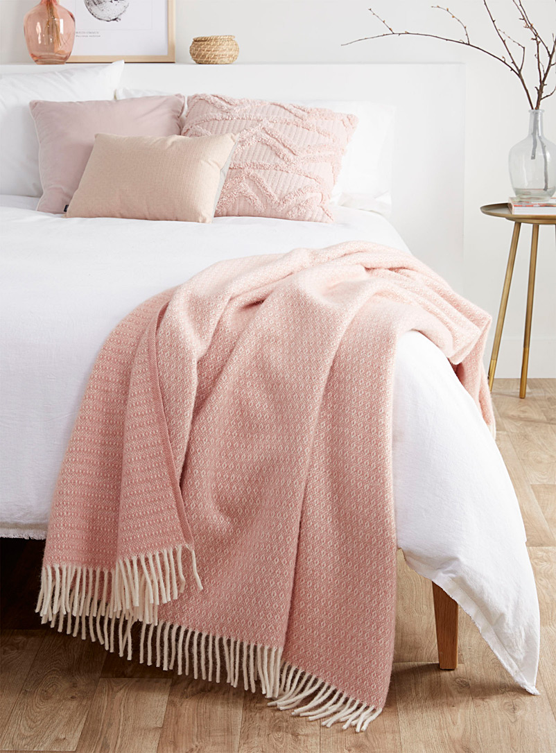 Pink pure wool throw  130 x 200 cm - Throws - Pink
