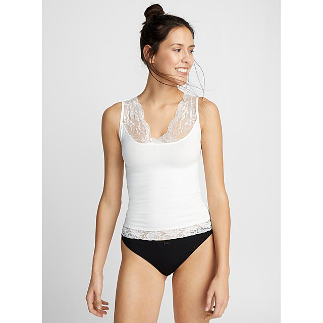 la-camisole-meant-to-be-seen