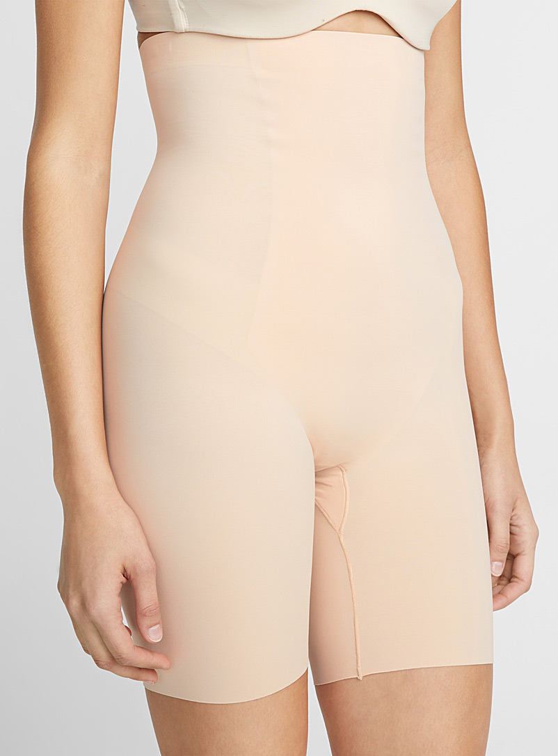 Ultra high-waist control short