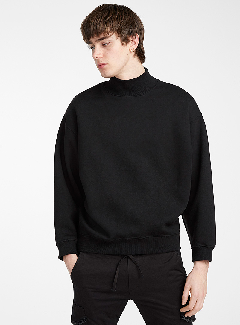 Le 31 Black Oversized high-neck sweatshirt for men