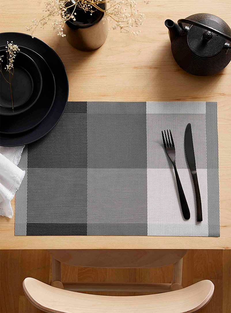 Simons Maison Patterned Grey Modern check braided vinyl placemat