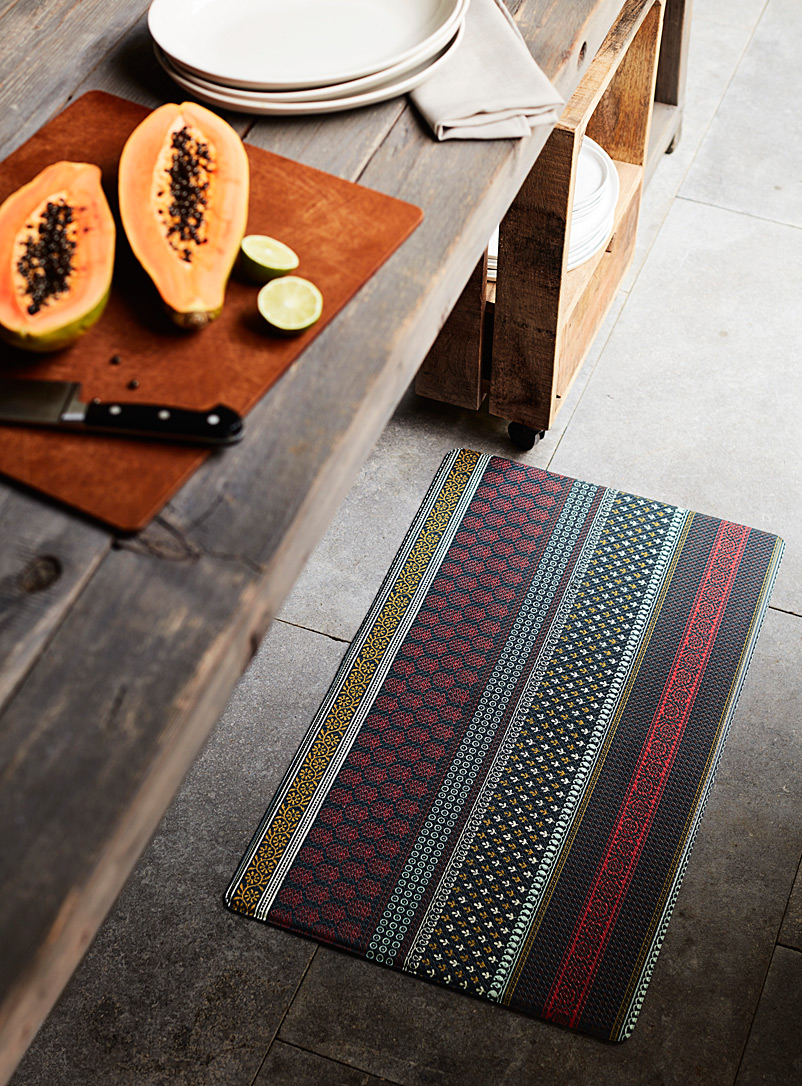 Picture of: Small Rugs Mats Home Decor Simons Canada