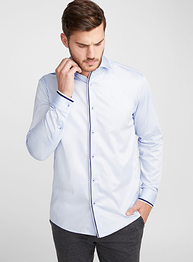 Frosted blue trimmed shirt <br>Semi-tailored fit