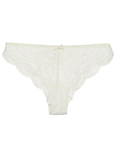 Eden romantic lace Brazilian panty